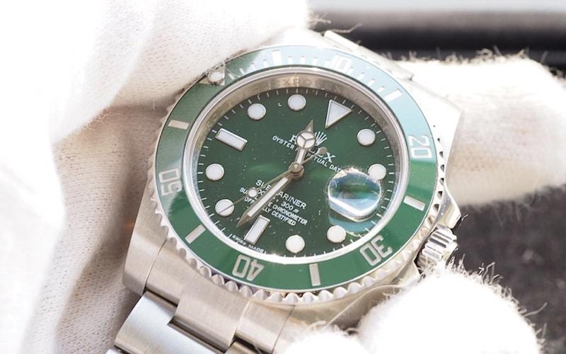 ロレックス買取サブマリーナグリーン116610lv